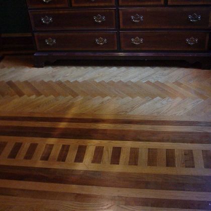 Hardwood floor herringbone patterns
