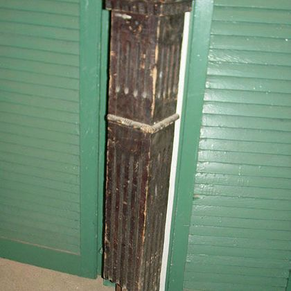 Salvage newel post